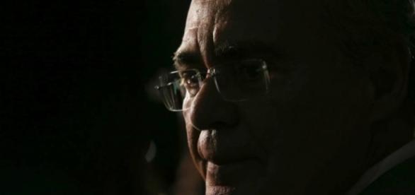 Senado versus Supremo: Renan não cumpre ordem judicial