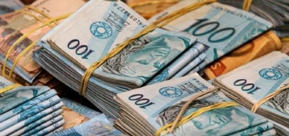 Cédulas de Real, moeda brasileira