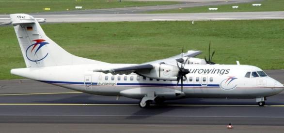 Eine ATR-42 einer anderen Fluggesellschaft. (Photo/UrhG: Blasting.News Archiv)