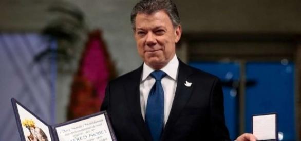 El presidente Santos recibe el Nobel de la Paz - The Hour - thehour.com