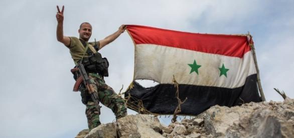 FRAPPES RUSSES. Syrie (Alep): L'armée syrienne libère les hauteurs ... - mamafrika.tv