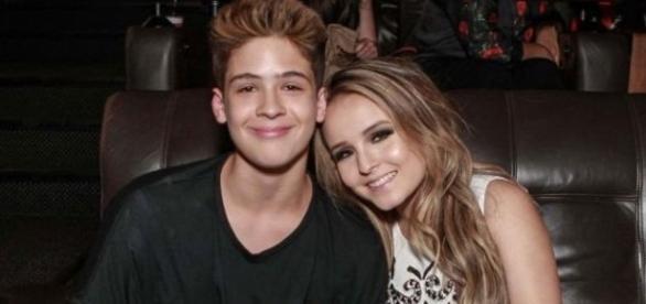 João Guilherme e Larissa Manoela anunciaram em suas redes sociais o fim do namoro
