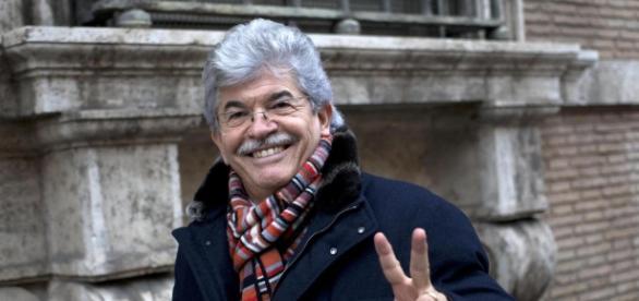 Antonio Razzi vorrebbe fare il premier