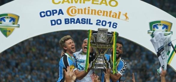 Grêmio encerra jejum de 15 anos e conquista o penta da Copa do Brasil