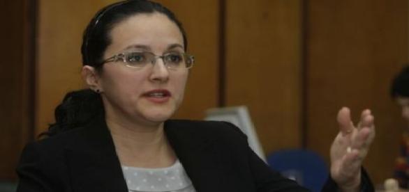 Alina Bica este suspendată din funcția de avocat