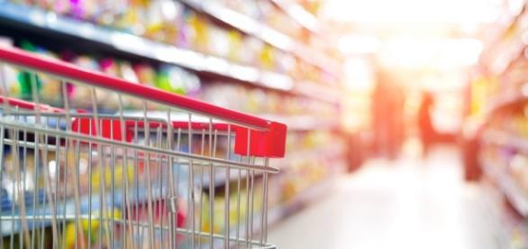 Economizar no supermercado é possível.