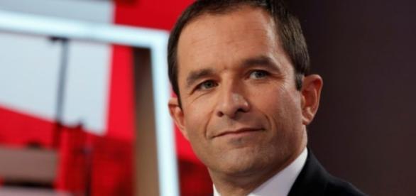 Hamon veut étendre la réforme de l'éducation prioritaire aux ... - liberation.fr