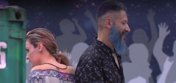 Ana Paula e Laércio se enfrentam terça-feira