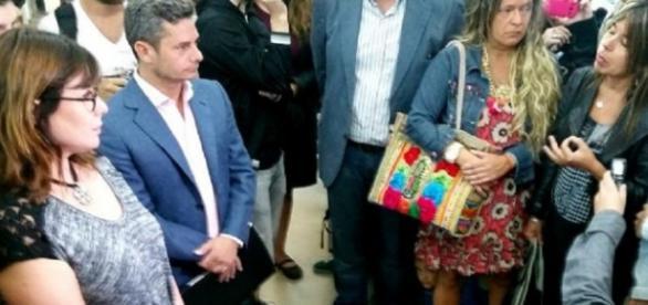 Se cesantea a periodistas de Radio Nacional