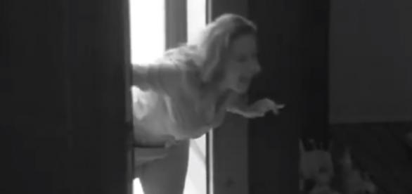 Ana Paula acorda Juliana no BBB