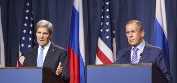 John Kerry y Serguei Lavrov. Foto de archivo