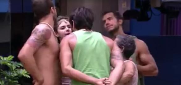 Ana Paula e Renan brigam - Foto/Reprodução