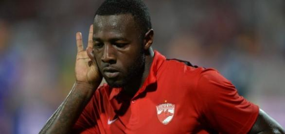 Dinamo e la doar un pas de liderul Ligii I