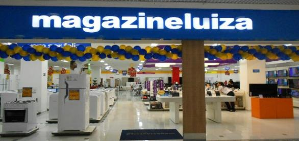 Magazine Luiza oferece vagas para vendedor