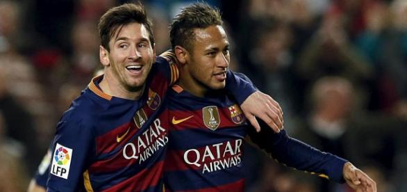 Messi y Neymar Jr celebrando un gol