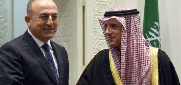 Turquia e Arábia Saudita podem iniciar invasão