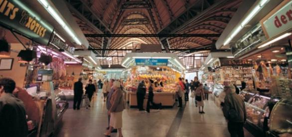 Interior del mercado de Santa Catalina