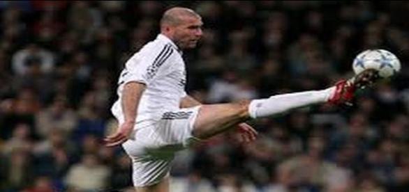Zidane en Champions como jugador del Madrid