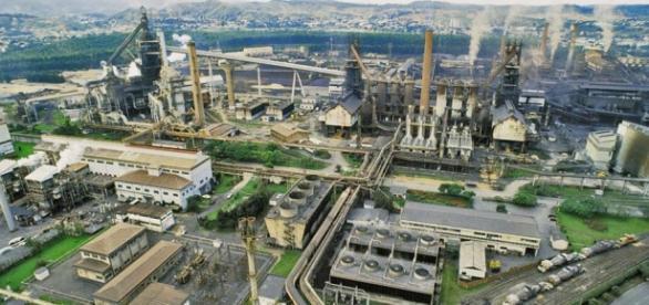 Pólo industrial siderúrgico da Usiminas