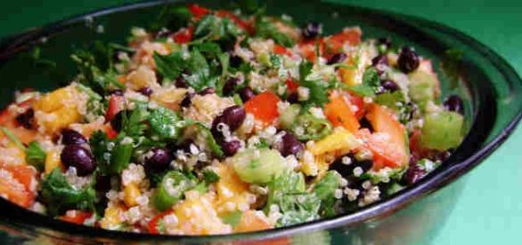 Ricetta insalata di quinoa e verdure