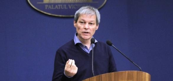 Cioloș a schimbat 9 prefecți astăzi