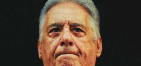 """FHC admite envio por """"vias legais"""""""