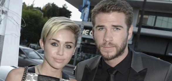 Miley e Liam se casaram em segredo