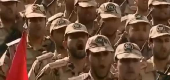 Arabia Saudi invade la República Siria RT