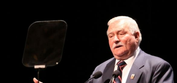 Czy pisowski Kościół niszczy Lecha Wałęsę?