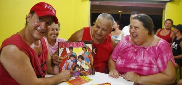 Fãs curtem ex-Menudo (Foto: Adriana Franciosi/RBS)