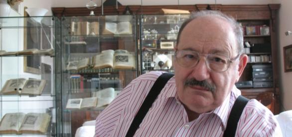 Umberto Eco ha fallecido ayer a causa del cáncer