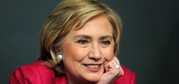 Democratici: Hillary Clinton vince con il 52%