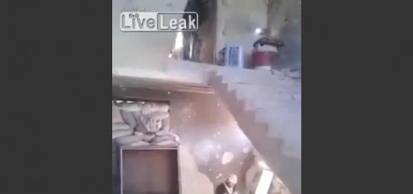 Niewinny żart syryjskich bojowników.