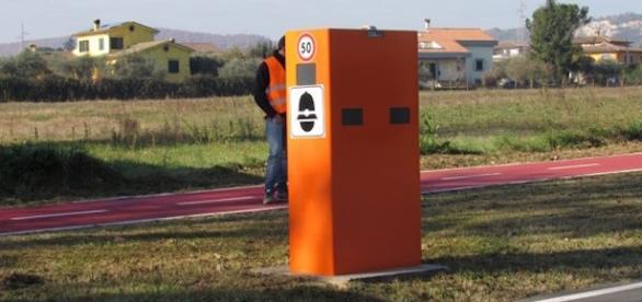 Ottorino Ferilli installa autovelox a Fiano Romano
