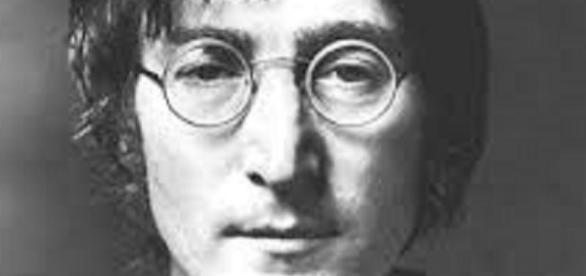 Thousands paid for hair of Beatles legend
