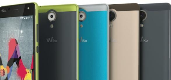 Os smartphones U Feel foram apresentados no MWC.