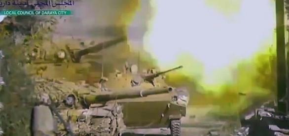 Syryjskie T-90 i BWP-3 w walce o Aleppo