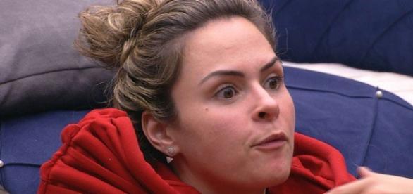 Ana Paula enfrenta Juliana (Reprodução)