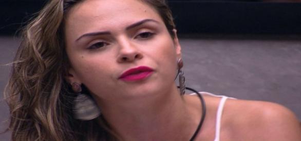 Ana Paula pede o apoio do Público nesta terça (23)
