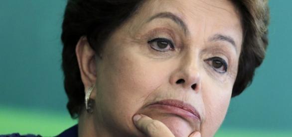Dilma quer enxugar folha de pagamento do executivo