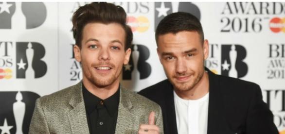 """Louis Tomlinson com Liam Payne nos """"Brit Awards"""""""