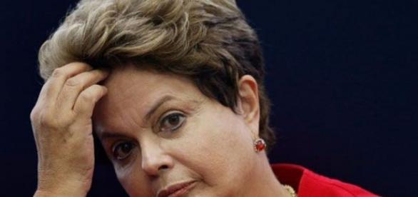 PT insatisfeito com a presidente Dilma Rousseff.
