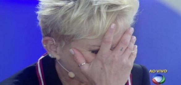 Xuxa fica desapontada na TV Record
