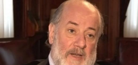 Claudio Bonadio llama a declarar a Cristina