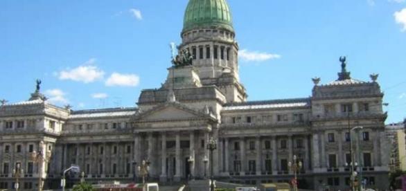 El 1 de marzo se inicia la actividad parlamentaria
