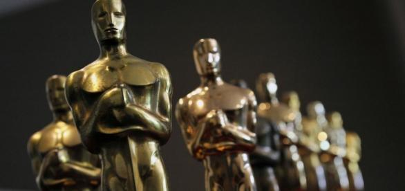 Foto de la estatua de los Oscar