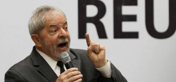 Lula impetra habeas corpus para não depor