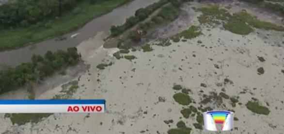 Imagem aérea mostra rompimento. Foto: TV Vanguarda