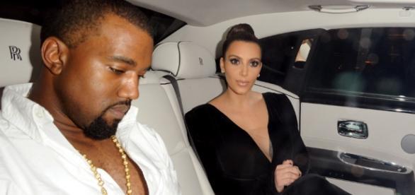 """O casal """"Kimye"""" é acusado de viver uma falsa união"""