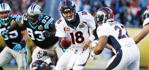 Peyton Manning durante el Super Bowl 50